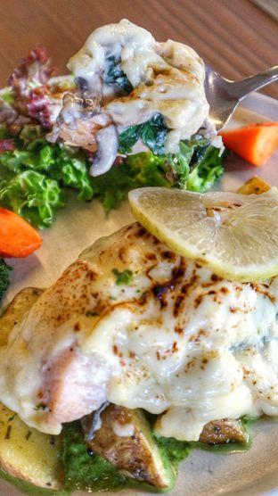 Foto 8 - Makanan di The Upside oleh heiyika