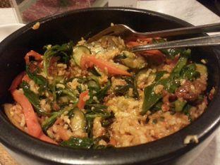 Foto 2 - Makanan(Dolsot bibimbap) di Gang Gang Sullai oleh Vising Lie