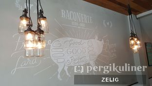 Foto 7 - Interior di Baconerie oleh @teddyzelig