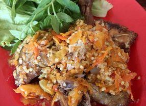 5 Ayam Penyet Enak di Bandung yang Rasanya Pas di Lidah