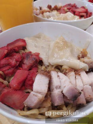 Foto 3 - Makanan di Bakmi Pangsit Palu oleh Rinia Ranada