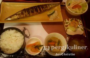 Foto 1 - Makanan(Sanma Shio Set) di Sakana MidPlaza oleh JC Wen
