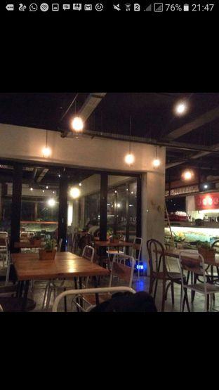 Foto 2 - Interior di Routine Coffee & Eatery oleh Sandya Anggraswari