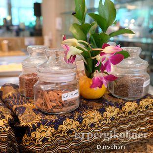Foto review Satoo Garden Restaurant & Lounge - Hotel Shangri-La oleh Darsehsri Handayani 15