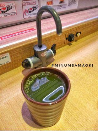 Foto 2 - Interior di Genki Sushi oleh @makansamaoki