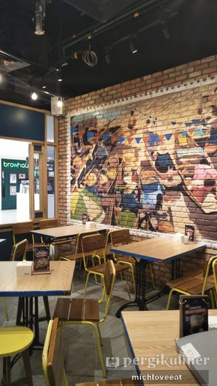 Foto 15 - Interior di Thai Street oleh Mich Love Eat