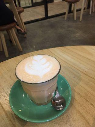 Foto 4 - Makanan di Honey Beans Coffee & Roastery oleh Prido ZH