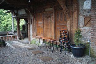 Foto 7 - Interior di Kanay Coffee & Culture oleh Fadhlur Rohman