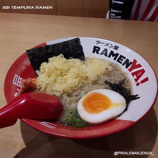 Foto 2 - Makanan(Ebi tempura ramen) di RamenYA oleh Pria Lemak Jenuh