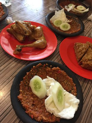Foto 7 - Makanan di Warung Bu Kris oleh Yohanacandra (@kulinerkapandiet)