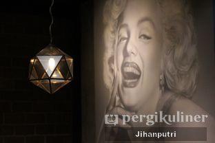 Foto 4 - Interior di Lumiere Bistro & Art Gallery oleh Jihan Rahayu Putri