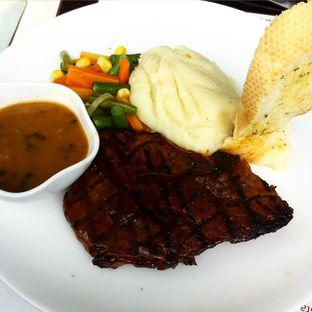 Foto 1 - Makanan di B'Steak Grill & Pancake oleh Caroline Vedy