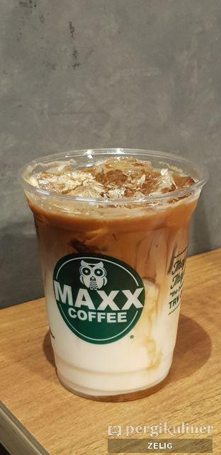 Foto - Makanan di Maxx Coffee oleh @teddyzelig