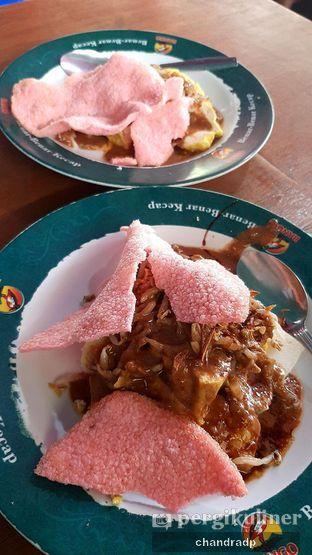 Foto 2 - Makanan di Kupat Tahu Gempol oleh chandra dwiprastio