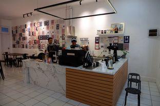 Foto 10 - Interior di Saksama Coffee oleh yudistira ishak abrar