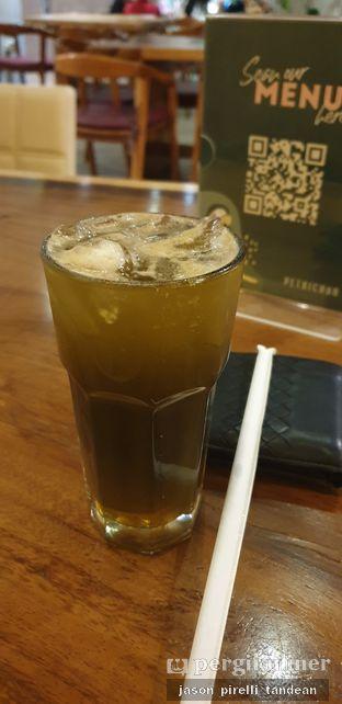 Foto 1 - Makanan(Coffee Tonic) di Petrichor Cafe & Bistro oleh Jason Pirelli Tandean