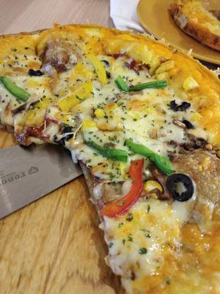Foto review Pizza Maru oleh Rosalina Rosalina 5