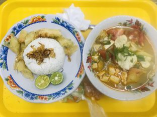 Foto 1 - Makanan di Soto Betawi Globe H. Oji oleh Levina JV (IG : @levina_eat & @levinajv)