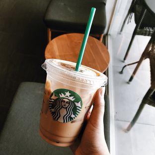 Foto 3 - Makanan di Starbucks Coffee oleh Della Ayu