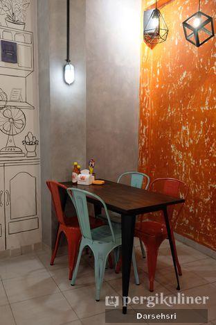 Foto 6 - Interior di Double U Steak by Chef Widhi oleh Darsehsri Handayani