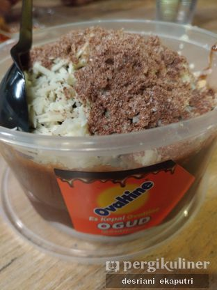 Foto 3 - Makanan di Es Kepal Milo Ogud oleh Desriani Ekaputri (@rian_ry)
