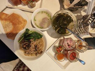 Foto review IWS Noodle & Cafe oleh Opie Quqisqu 3