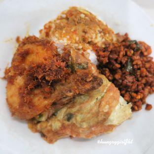 Foto - Makanan di Warteg Gang Mangga oleh Astrid Wangarry