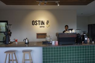 Foto 16 - Interior di Ostin Coffee oleh yudistira ishak abrar