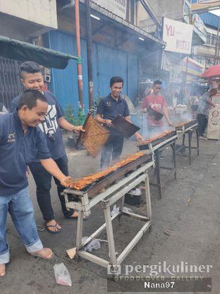 Foto 3 - Eksterior di Sate Ayam Pasar Lama H. Ishak oleh Nana (IG: @foodlover_gallery)