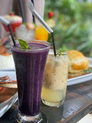 Foto review Babochkaa Bistro & Coffee Bar oleh Jeljel  10