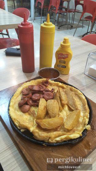 Foto 4 - Makanan di Frankfurter Hotdog and Steak oleh Mich Love Eat