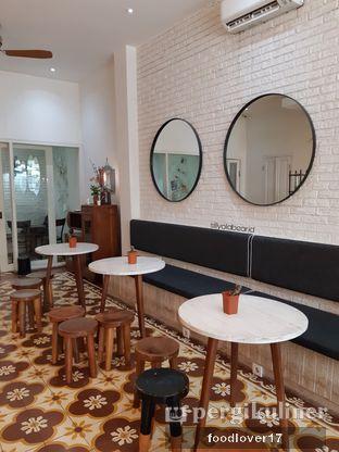 Foto 6 - Interior di Pigeon Hole Coffee oleh Sillyoldbear.id