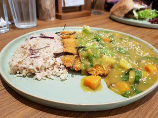 Foto 2 - Makanan(Jappaness Curry Katsu) di Burgreens Eatery oleh Siti Hiroshi