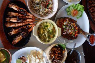 Foto 1 - Makanan di Talaga Sampireun oleh Deasy Lim