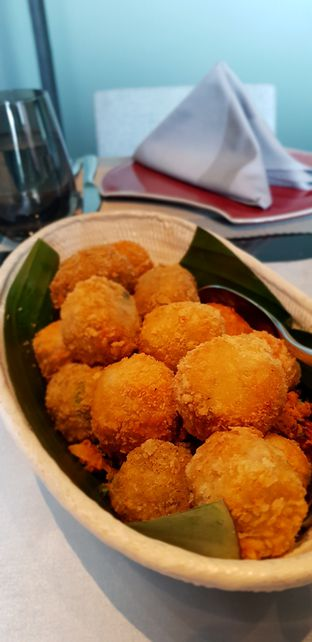 Foto 4 - Makanan(Perkedel Kentang) di 1945 Restaurant - Fairmont Jakarta oleh Avien Aryanti