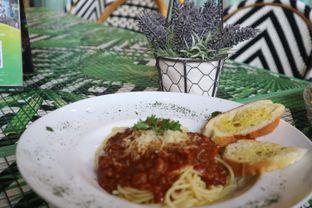 Foto 2 - Makanan di ROOFPARK Cafe & Restaurant oleh yeli nurlena