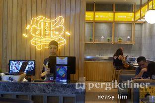 Foto 14 - Interior di Sushi Go! oleh Deasy Lim