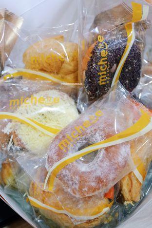 Foto 4 - Makanan di Michelle Bakery oleh Indra Mulia