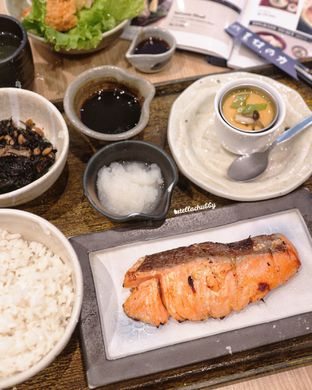 Foto 2 - Makanan(Shio-koji salmon) di Ootoya oleh Stellachubby