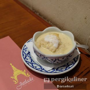 Foto 9 - Makanan di Jittlada Restaurant oleh Darsehsri Handayani