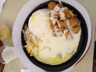Foto 2 - Makanan(chicken cheese) di CesCes Hot Plate oleh Ratu Aghnia