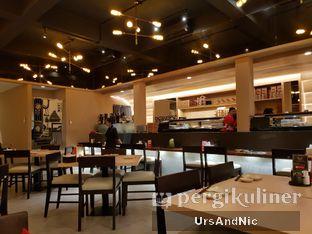 Foto 9 - Interior di Sushi Matsu oleh UrsAndNic