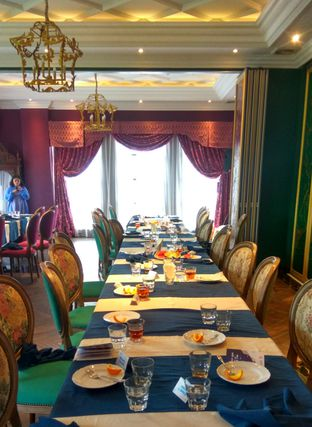 Foto 10 - Interior di Eastern Opulence oleh Renodaneswara @caesarinodswr