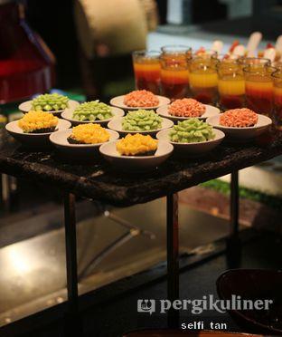 Foto 4 - Makanan di Catappa Restaurant - Hotel Grand Mercure Kemayoran oleh Selfi Tan