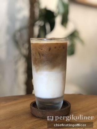 Foto 1 - Makanan(Ice Coffee) di Sama Dengan oleh Cubi