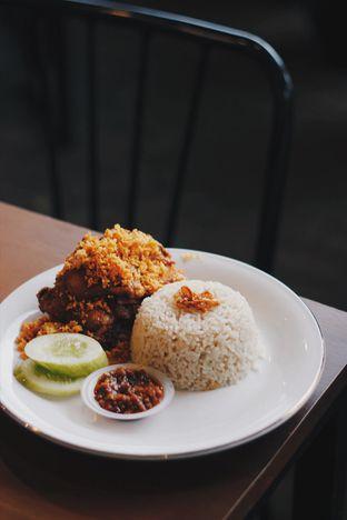 Foto 2 - Makanan di Ayam Pedos oleh Erika Karmelia