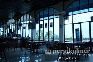 Foto 8 - Interior di Kowok Coffee & Eatery oleh Darsehsri Handayani