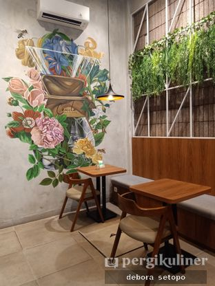 Foto review Coveelo Coffee & Cakery oleh Debora Setopo 6