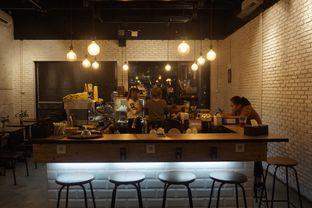 Foto 16 - Interior di Kaffeine Kline oleh yudistira ishak abrar