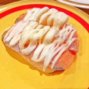 Foto 1 - Makanan(Aburi Salmon Mayo) di Kappa Sushi oleh duocicip